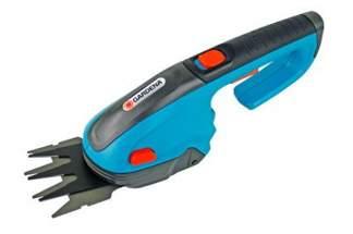 Akumulatorowe nożyce do cięcia trawy, brzegów trawnika Gardena ClassicCut 8885