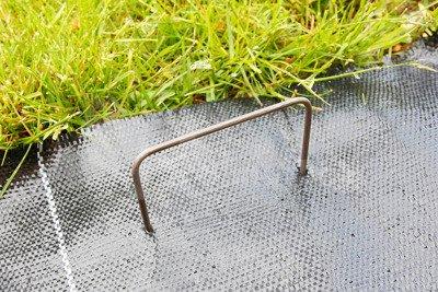 """Szpilki metalowe do mocowania agrotkaniny, agrowłókniny i geowłókniny , model """"U"""" 15cm - (500 szt.)"""